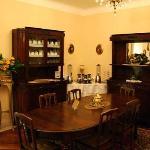 Breakfast room/lounge (1)