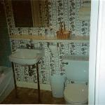 Grandma-ish bathroom