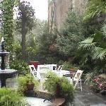 Courtyard Margaret Gardens