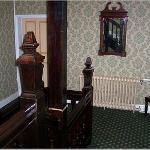 Ye Olde Bell Hotel & Restaurant Photo