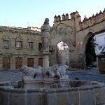 Plaza del Populo (Casa del Populo is behind the foutnain)