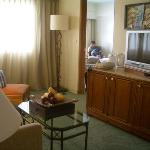 Interior - Shangri-La's Mactan Resort & Spa Photo