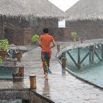 A rainy day on Mirihi