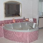 Heart Shape Jacuzzi, Presidential Suite