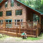 Chalet - Front - Dogs Welcome!
