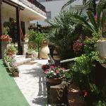 Hotel Villa Piras' courtyard.