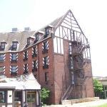 Historic Lincoln Hotel