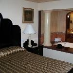 A shot of the jacuzzi suite...very nice