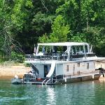 HouseBoat - That's the way to go