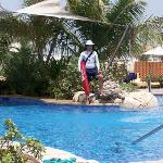Water fountain exec pool