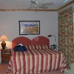 Bailey Creek Cottage Room(2)