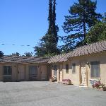 Colonial Inn exterior