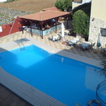 Picture of the pool and taverna area