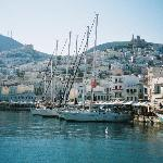 syros boat harbor