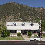 El Mono Motel