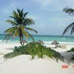 Parayso beach courtyard