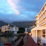 the Hotel with Table Mountain in the background