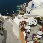Path to Ammoudi from Oia