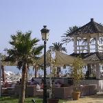 beach club del hotel puente romano