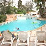 tempting pool