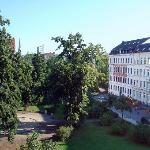 Aussicht auf Körnerplatz, Peterskirche und City-Hochhaus