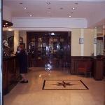 Zdjęcie Waldorf Hotel