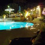 The pool at night (2)