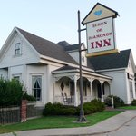 Queen of Diamonds Inn