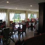 Lounge / internet / bar area