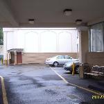 Parking - courtyard
