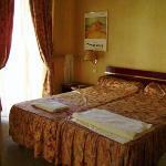 La Licorne Hotel-Single Room