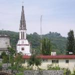 The Jarritos church seen from the premises