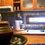 la cocina de la cabaña en la que estuvimos