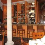 Restaurant courtyard bar