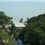 beach - view from dlx seaview room