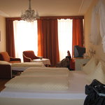 Room 402 Pertschy Pension