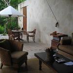 villa living space