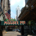 Miller's Pub and the EL, on Wabash