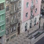 Blick vom Balkon Hotel Almirante auf Metrostation gegenüber