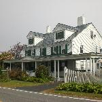 Front view of Shaker Hill B&B