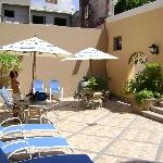 Photo de Hotel la Siesta