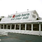 View of the exterior of the AppleBarn & Cider Mill