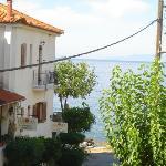 Liakoto's sister property - Anniska with terrace bar