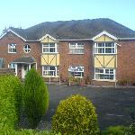 Castletroy Lodge, facade