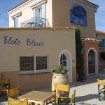Photo de Hotel Les Flots Bleus