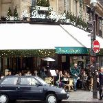 View of Les Deux Magots on New Year's Eve, 2006