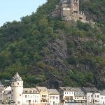 View from room across Rhein to Burg Katz