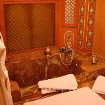 salle de bain suite warda (a l etage)