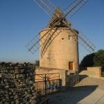 Windmill at top of hill in Goult