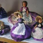 Over 500 traditional dressed dolls from France
